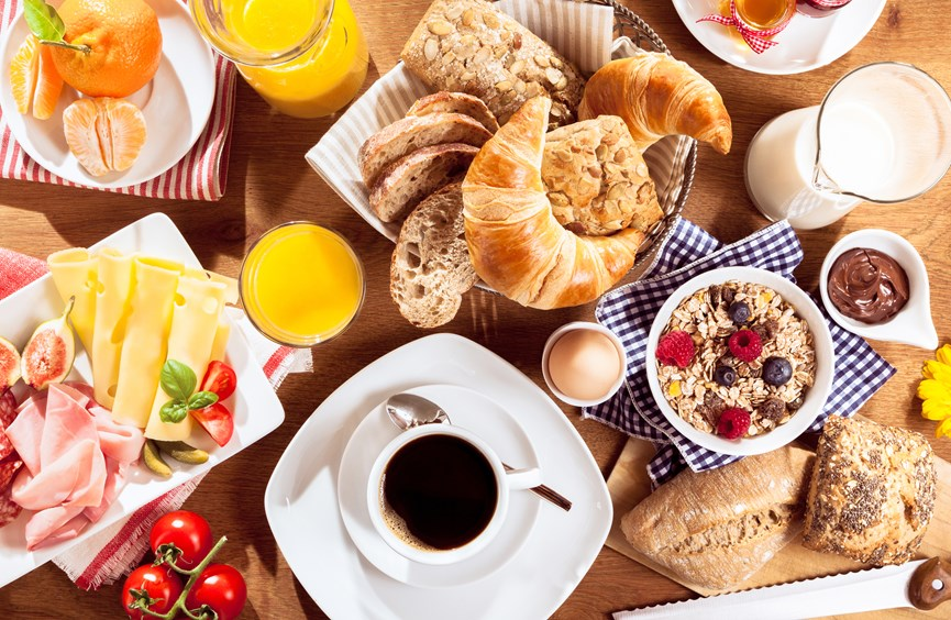 Petit déjeuner grec! Poseidon Paleochora Rooms - Studios - Apartments & Houses for Rent